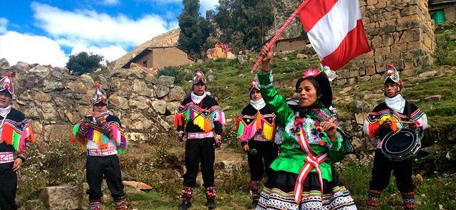 Huancavelica (Fiesta de las Cruces)