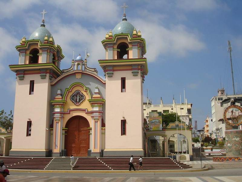 iglesia san nicolas de tolentino tumbes