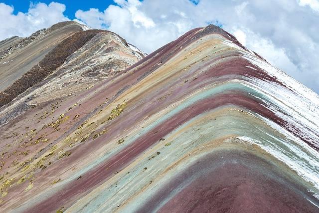montaña siete colores peru cusco