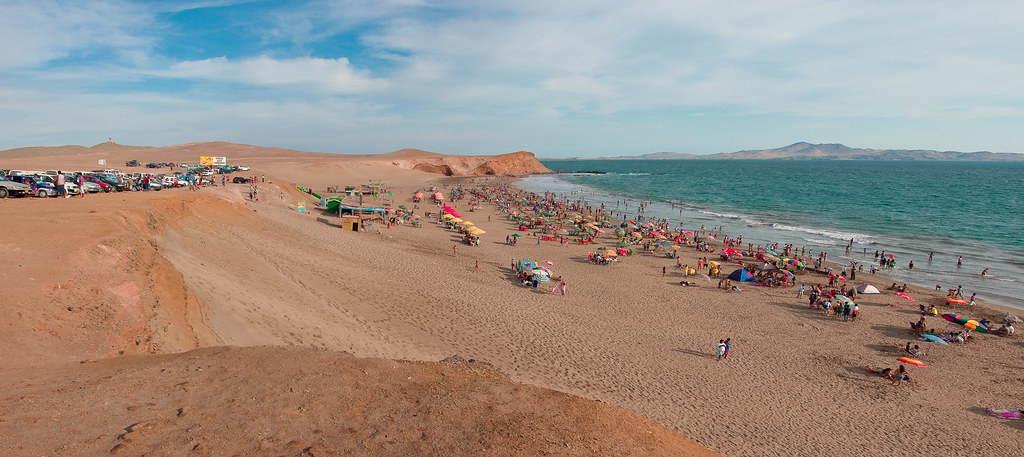 dias soleados en las playas de huacho