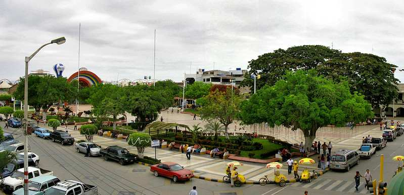 plaza de armas tumbes